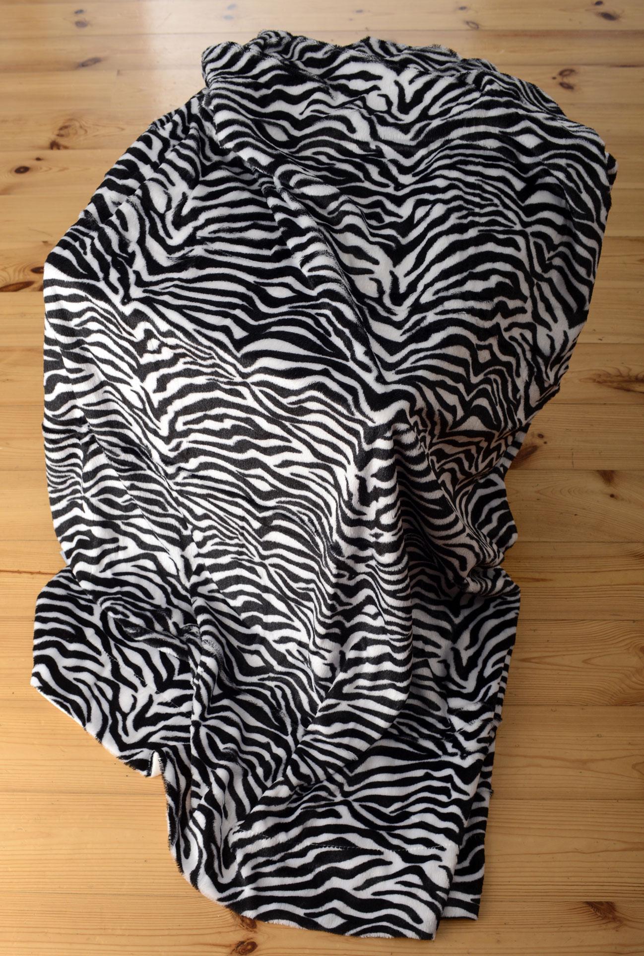 Deka z umělé kožešiny  - Zebra